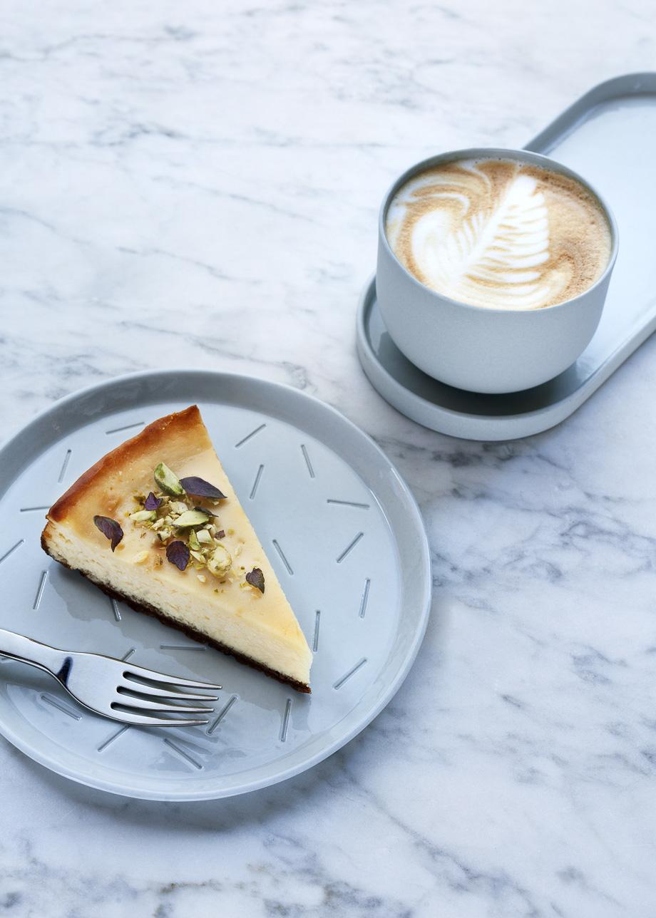 Zebedeus just cafe lunch en ontbijt in wassenaar naast for Melchior interieur den haag